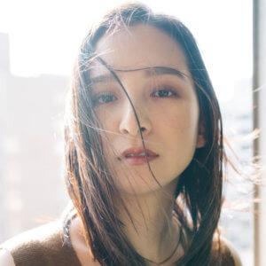 モデル濱本 寧萌