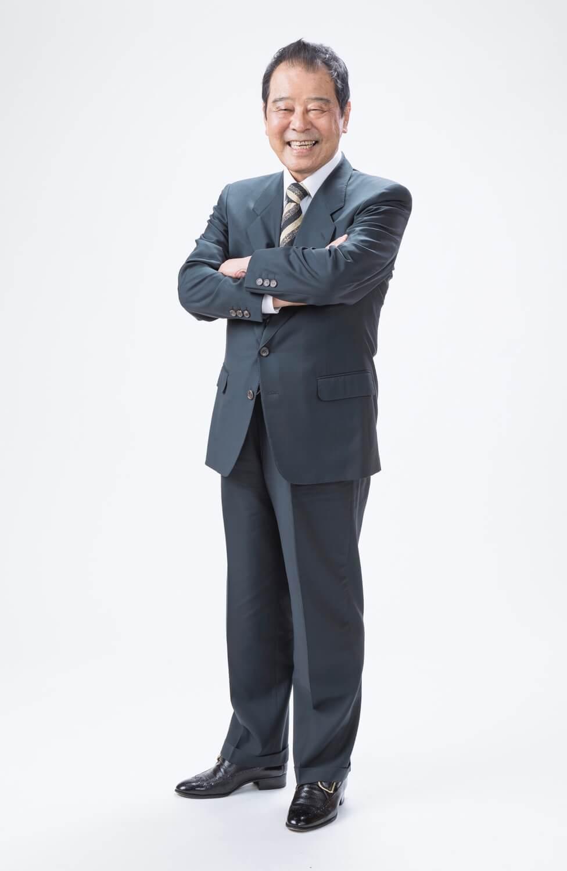 モデル 青野 光臣