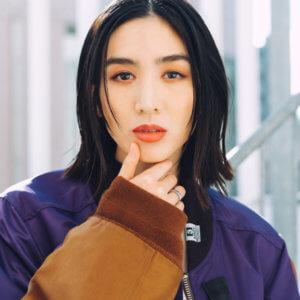 モデル高橋 雛子
