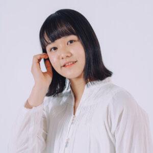 モデル米澤 鈴音